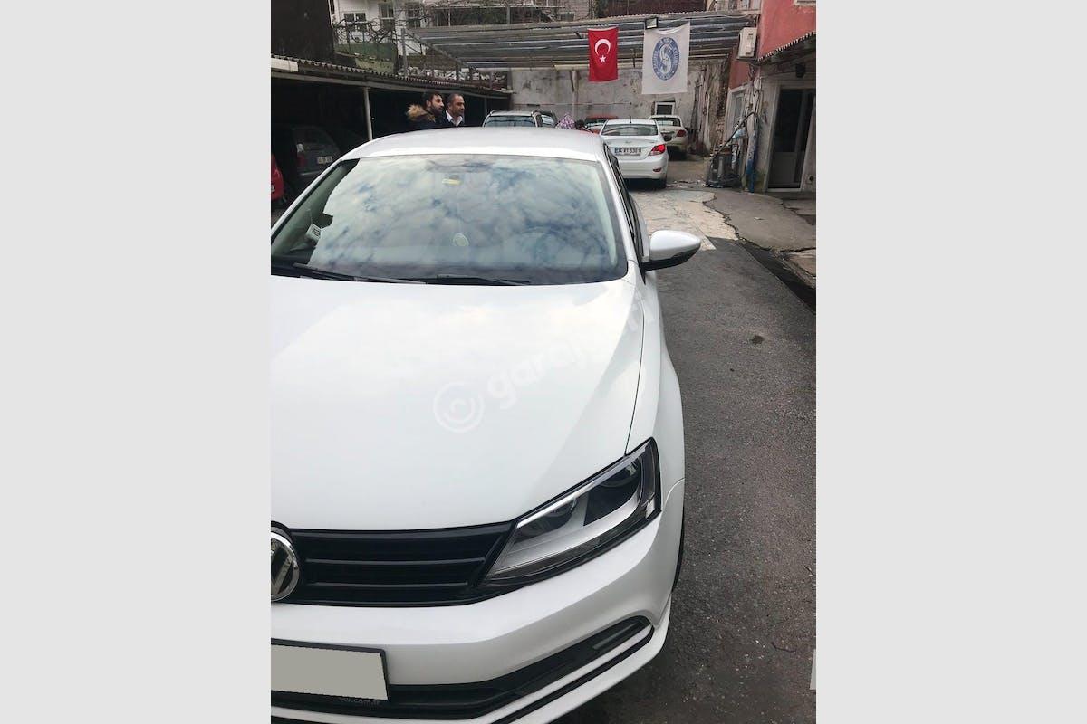Volkswagen Jetta Sarıyer Kiralık Araç 4. Fotoğraf