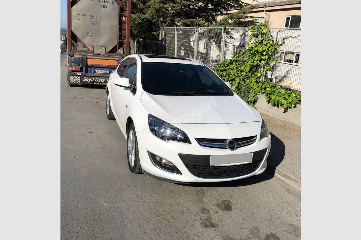 Opel Astra Avcılar Kiralık Araç 2. Fotoğraf