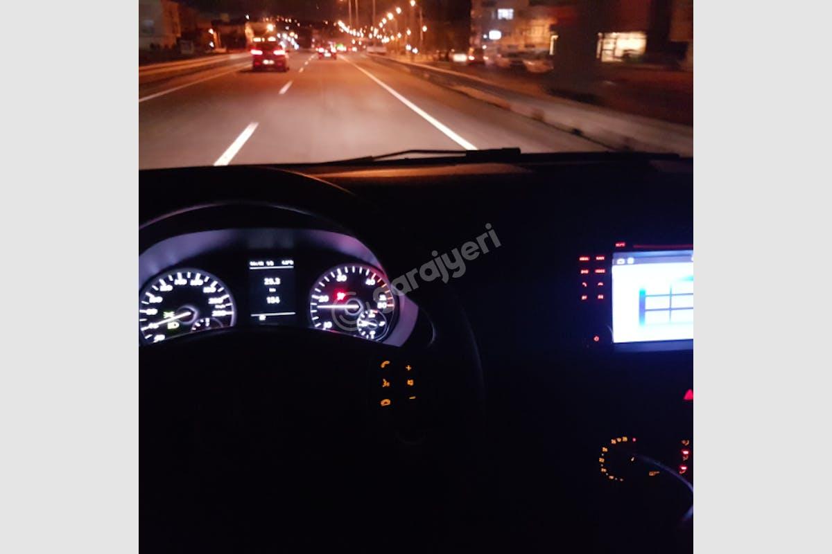 Mercedes - Benz Vito Kağıthane Kiralık Araç 9. Fotoğraf