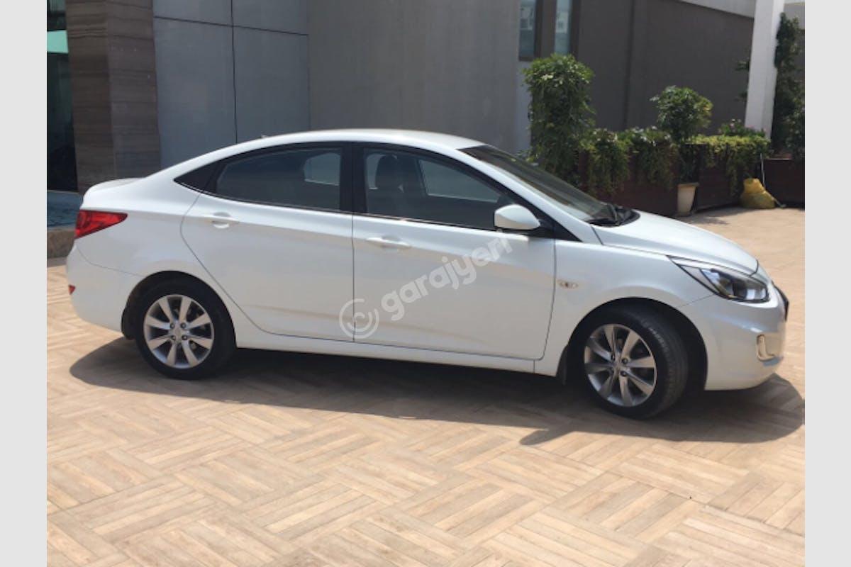 Hyundai Accent Blue Üsküdar Kiralık Araç 4. Fotoğraf