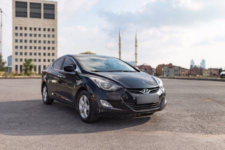 Hyundai Elantra İstanbul Şişli Kiralık Araç
