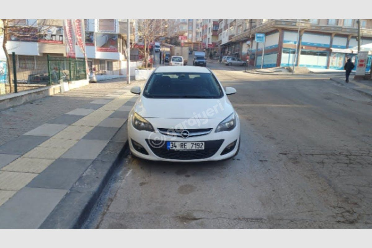 Opel Astra Sedan Mamak Kiralık Araç 2. Fotoğraf
