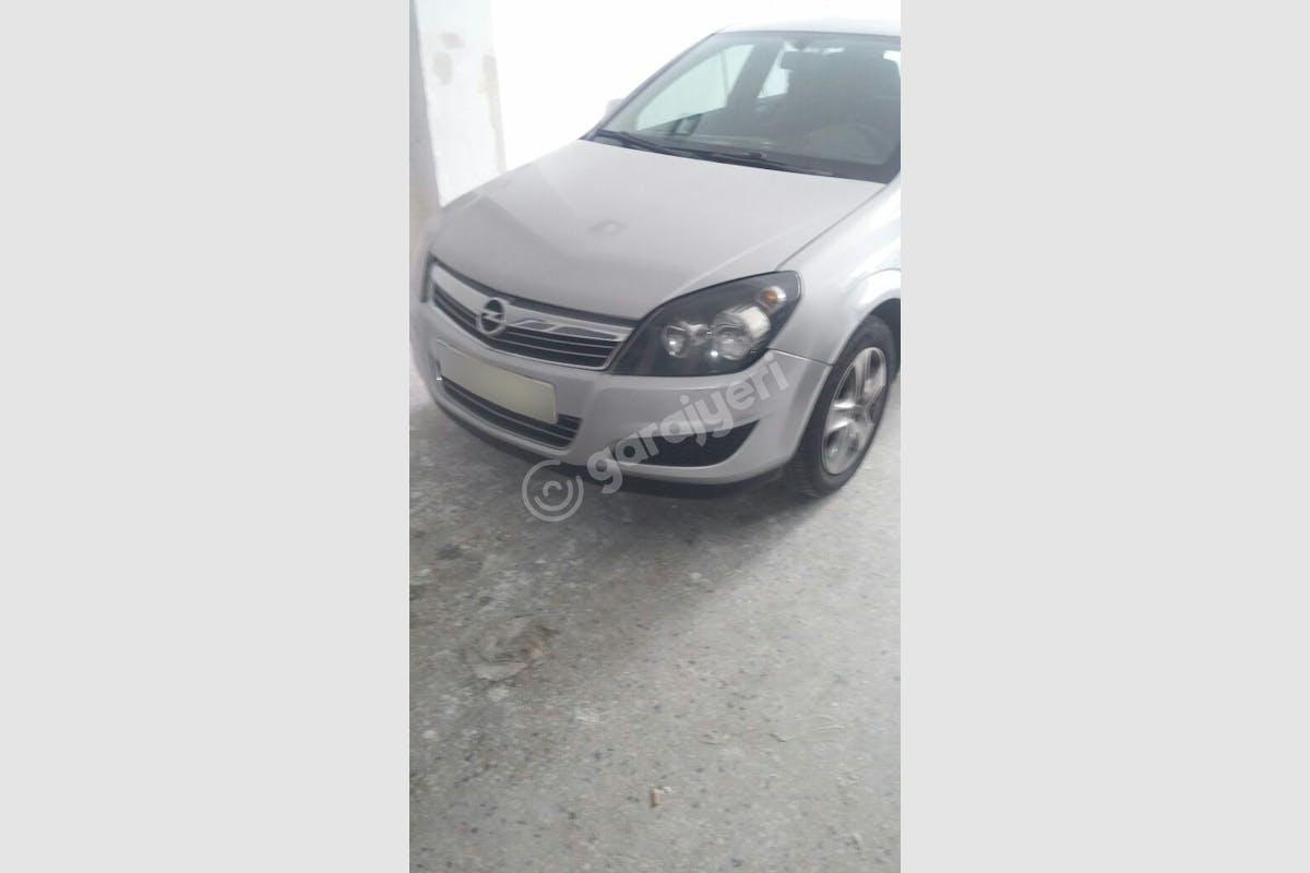Opel Astra Ümraniye Kiralık Araç 1. Fotoğraf