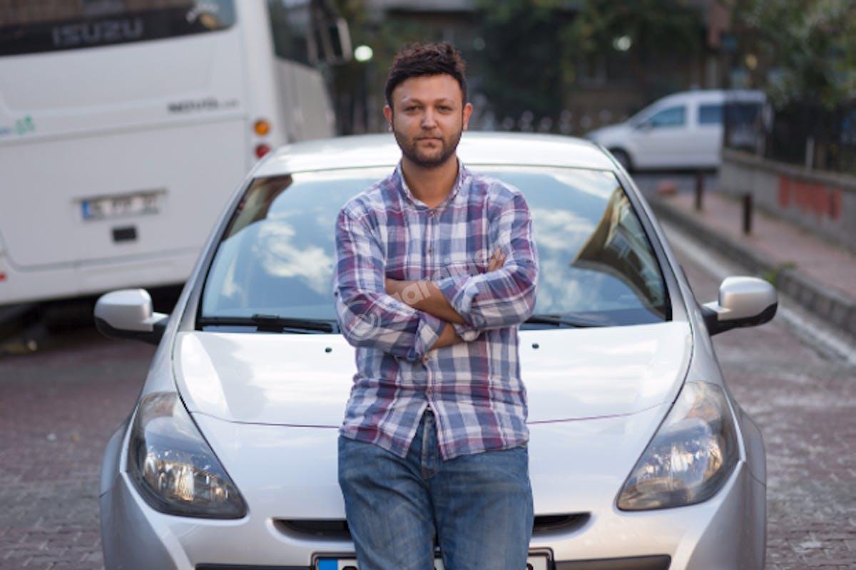 Renault Clio Bahçelievler Kiralık Araç 4. Fotoğraf