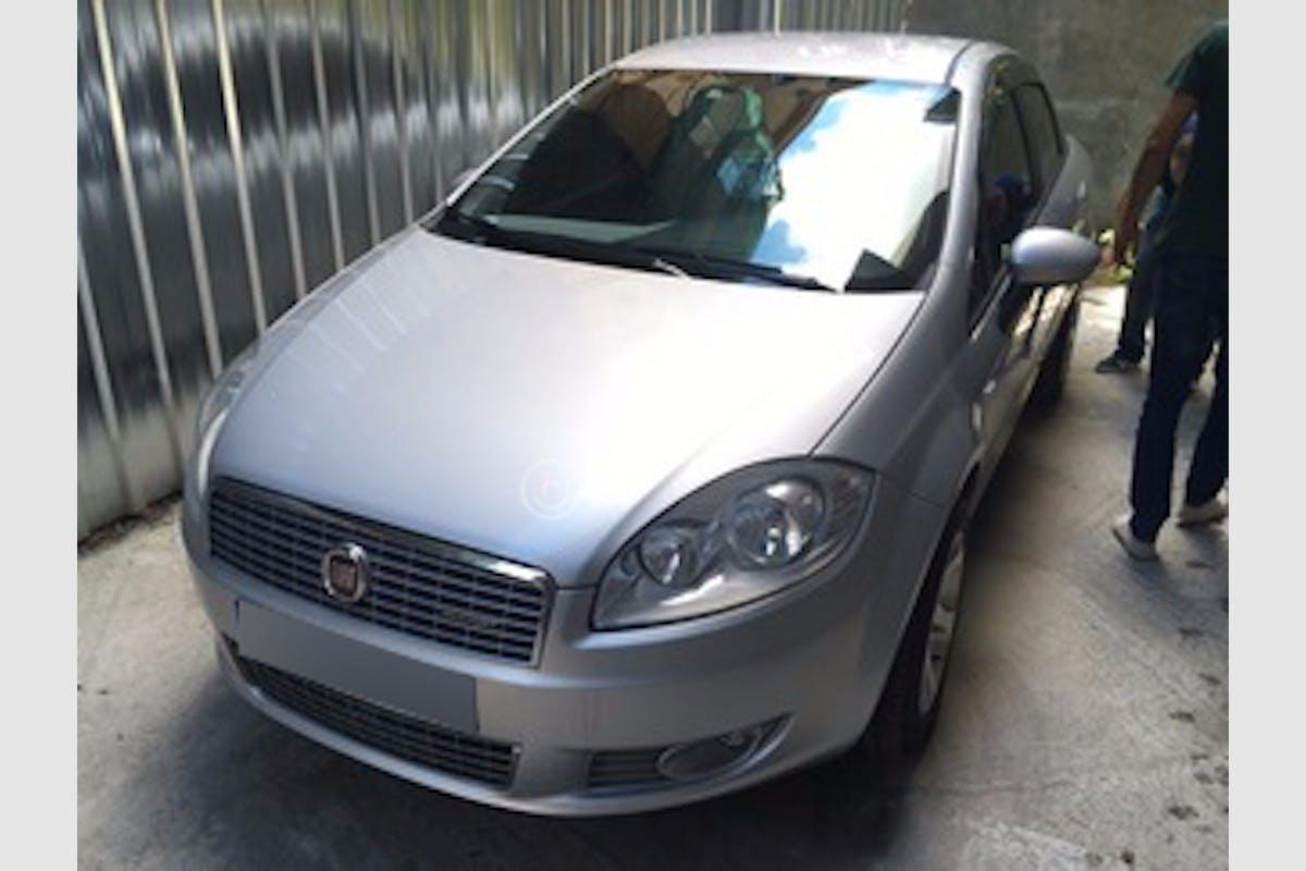 Fiat Linea Esenyurt Kiralık Araç 2. Fotoğraf