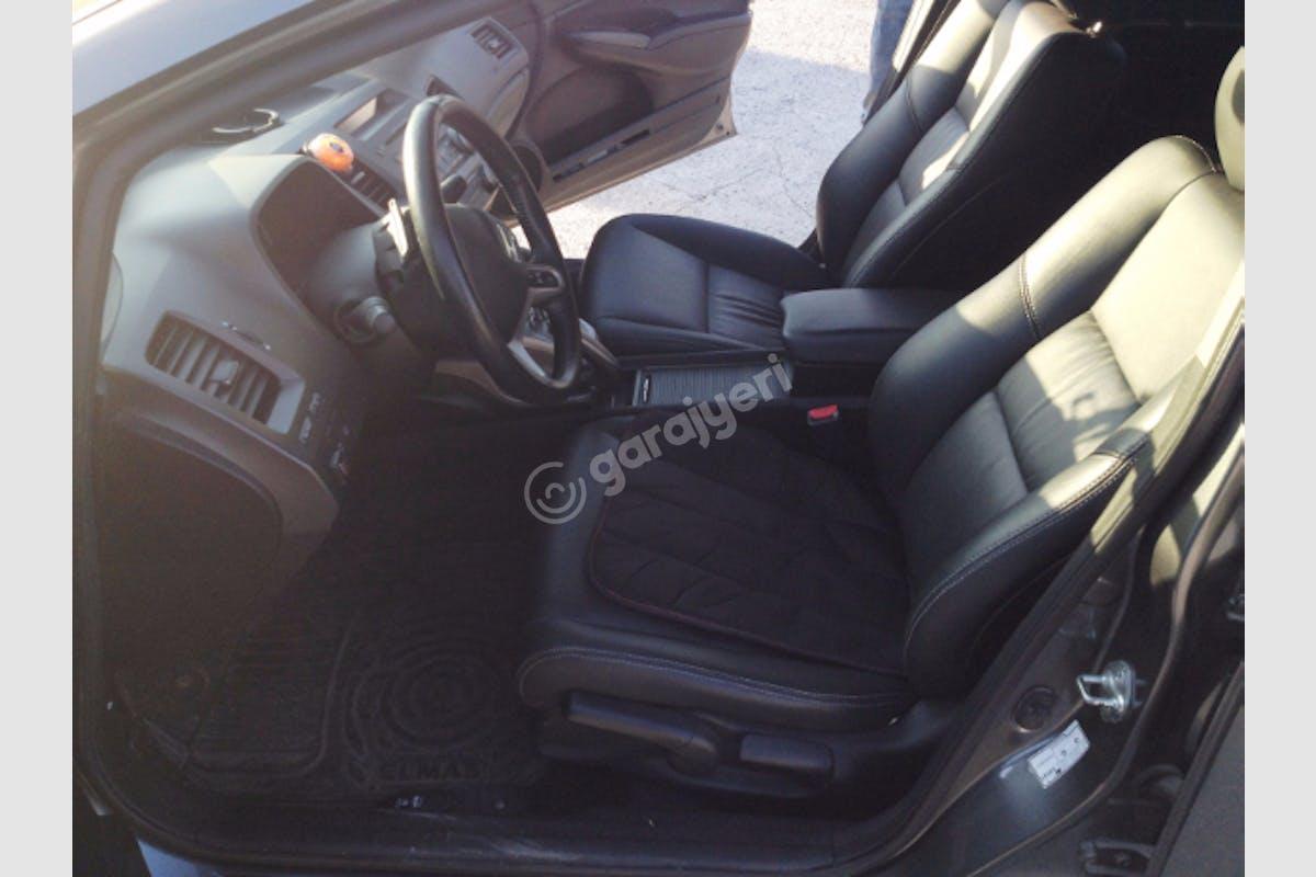 Honda Civic Bayrampaşa Kiralık Araç 5. Fotoğraf