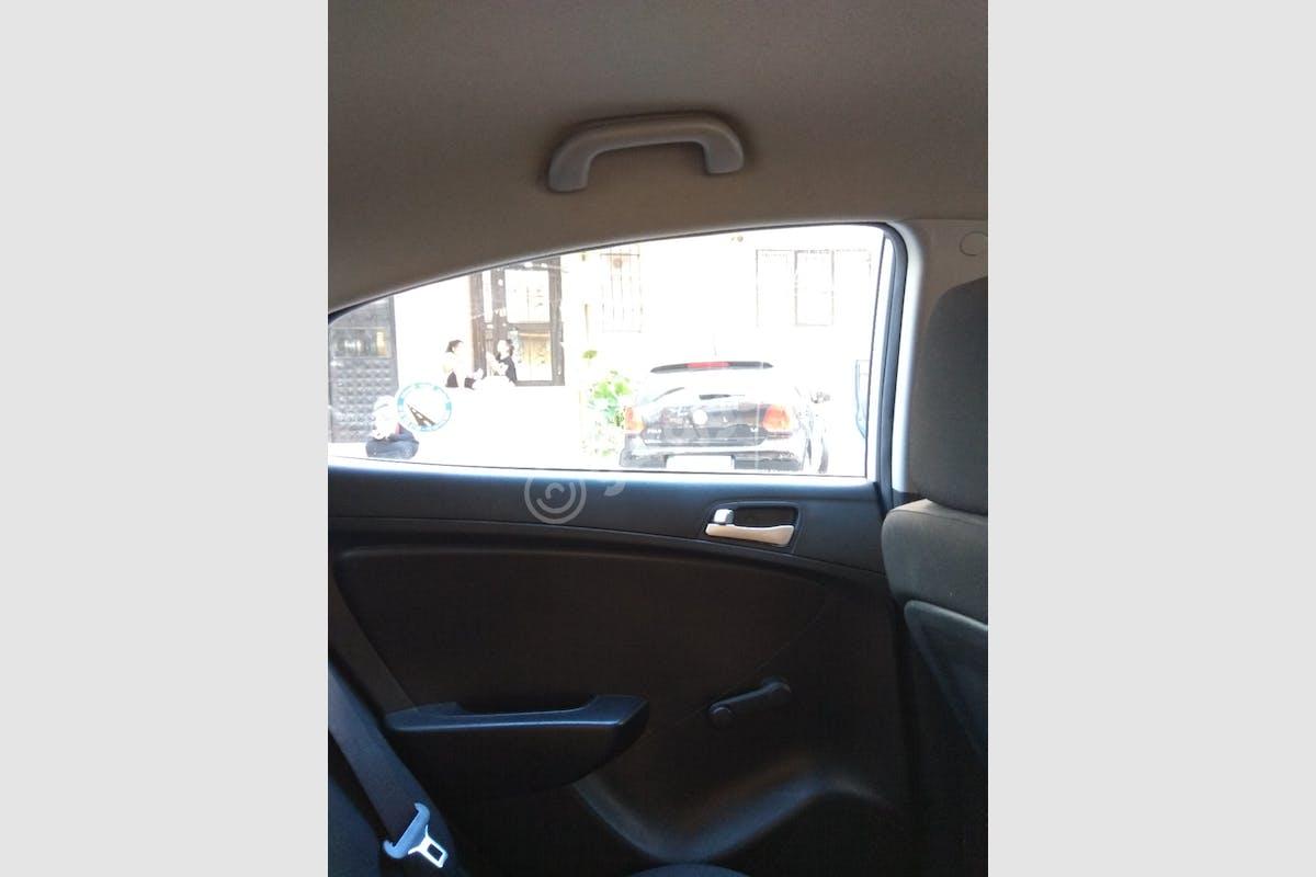 Hyundai Accent Blue Çekmeköy Kiralık Araç 6. Fotoğraf