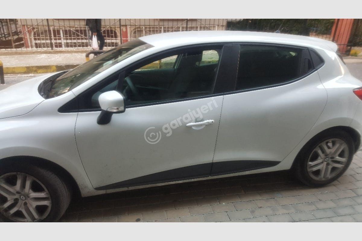 Renault Clio Beylikdüzü Kiralık Araç 4. Fotoğraf
