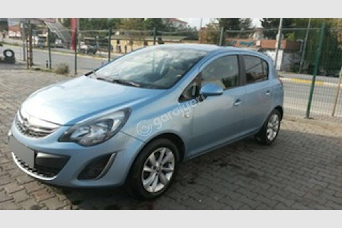 Opel Corsa Eyüp Kiralık Araç 3. Fotoğraf