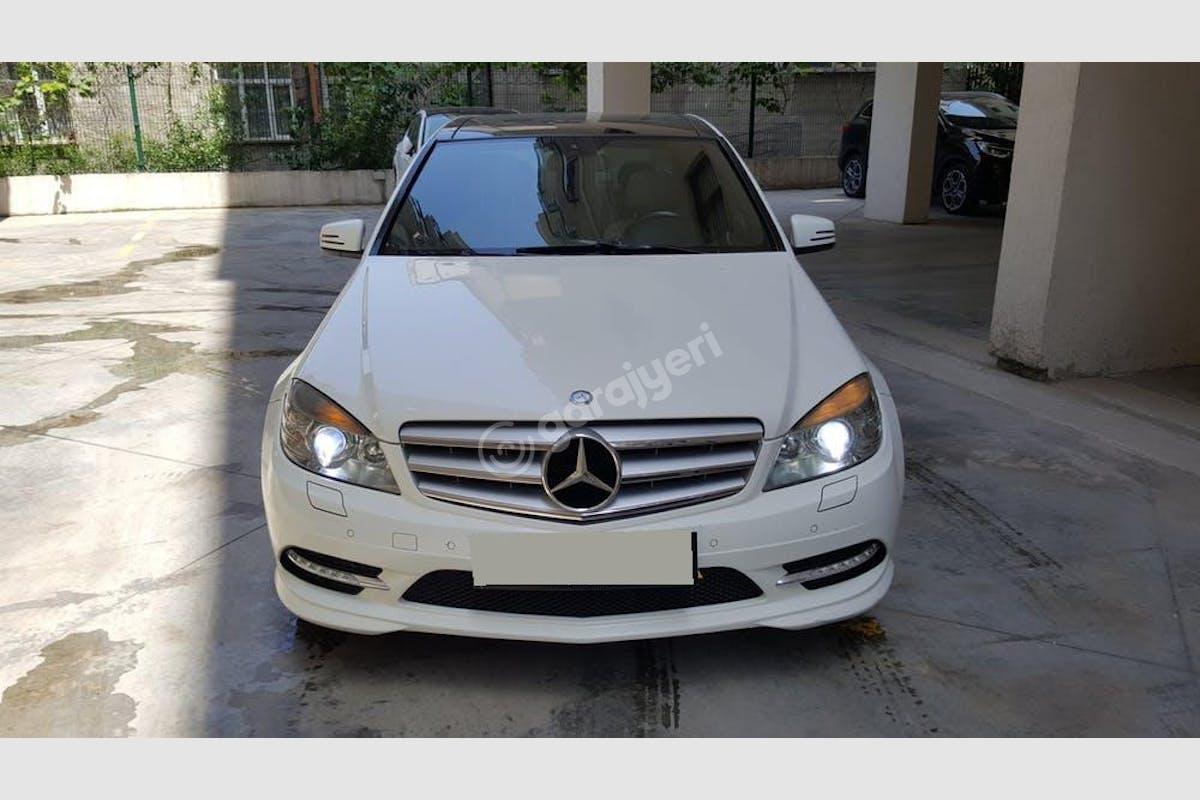 Mercedes - Benz C Kadıköy Kiralık Araç 2. Fotoğraf