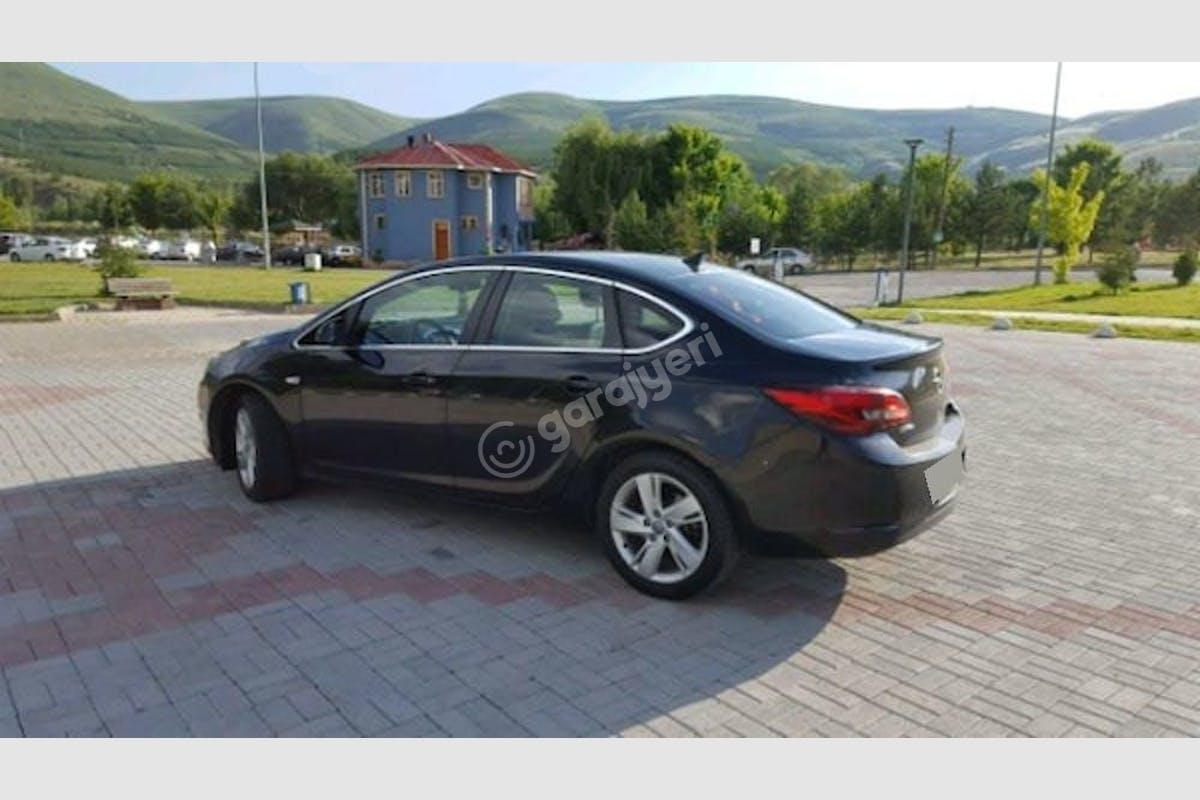 Opel Astra Tuzla Kiralık Araç 2. Fotoğraf