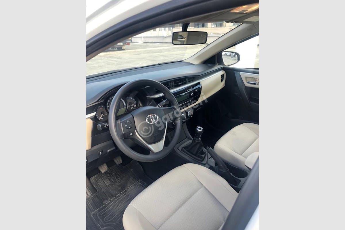 Toyota Corolla Eyüp Kiralık Araç 6. Fotoğraf
