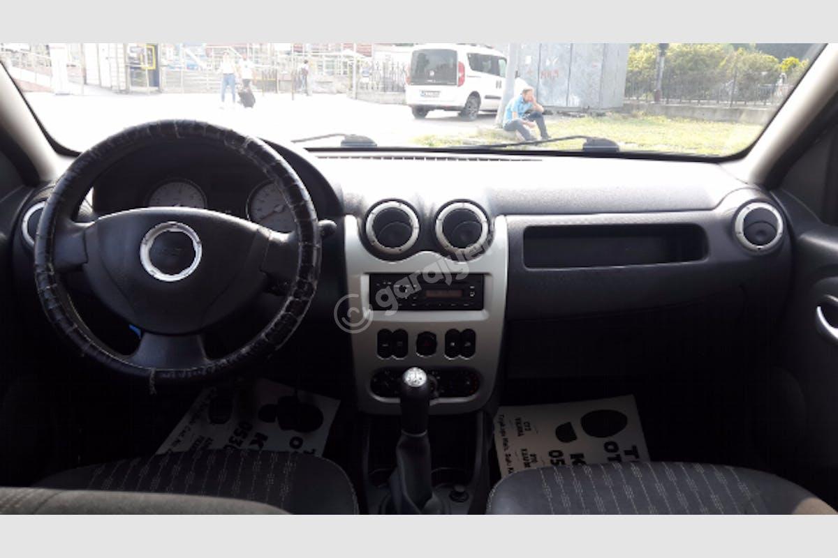 Dacia Sandero Fatih Kiralık Araç 3. Fotoğraf