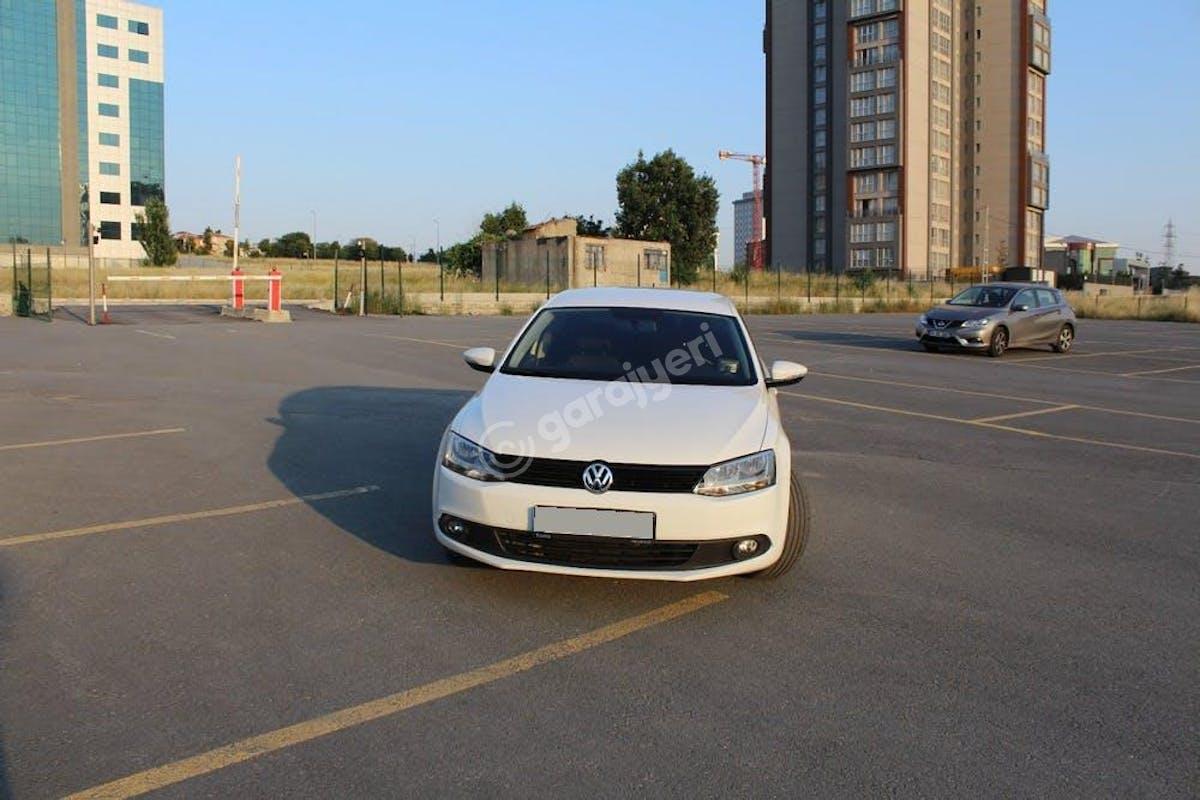 Volkswagen Jetta Bağcılar Kiralık Araç 4. Fotoğraf