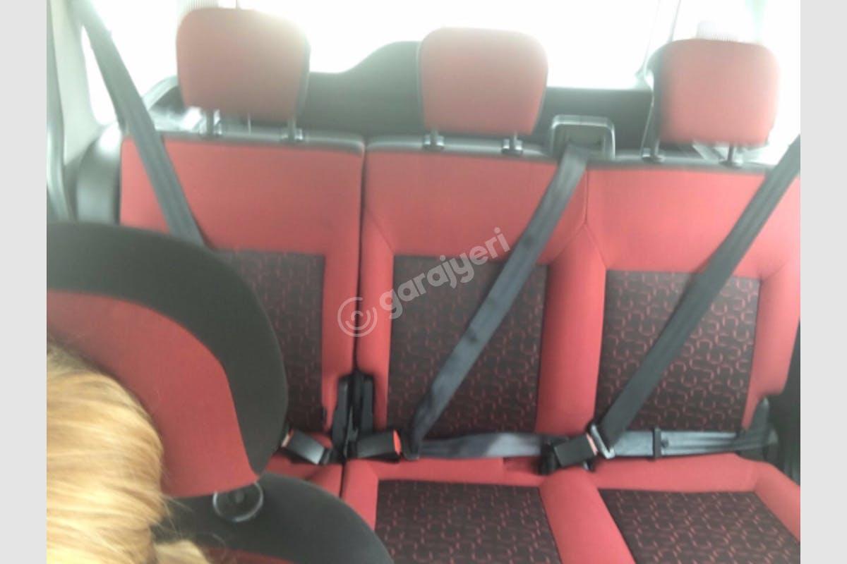 Fiat Doblo Başiskele Kiralık Araç 4. Fotoğraf
