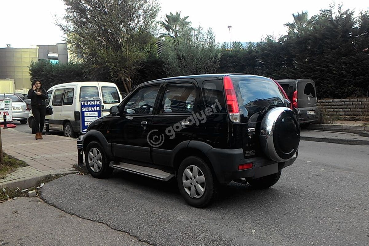 Daihatsu Terios Beykoz Kiralık Araç 3. Fotoğraf