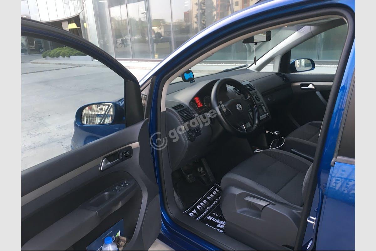 Volkswagen Touran Büyükçekmece Kiralık Araç 4. Fotoğraf