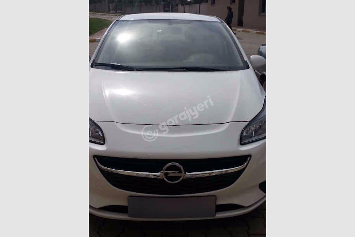 Opel Corsa Esenler Kiralık Araç 6. Fotoğraf