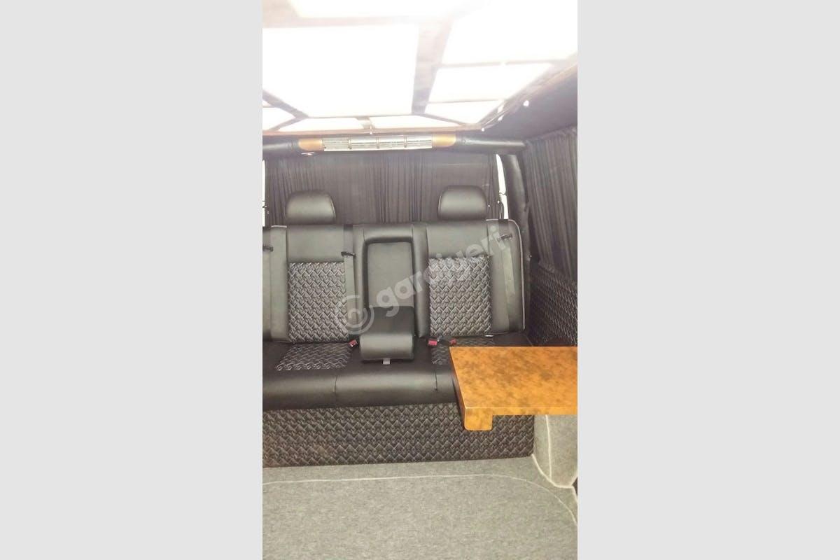 Volkswagen Transporter Kadıköy Kiralık Araç 3. Fotoğraf