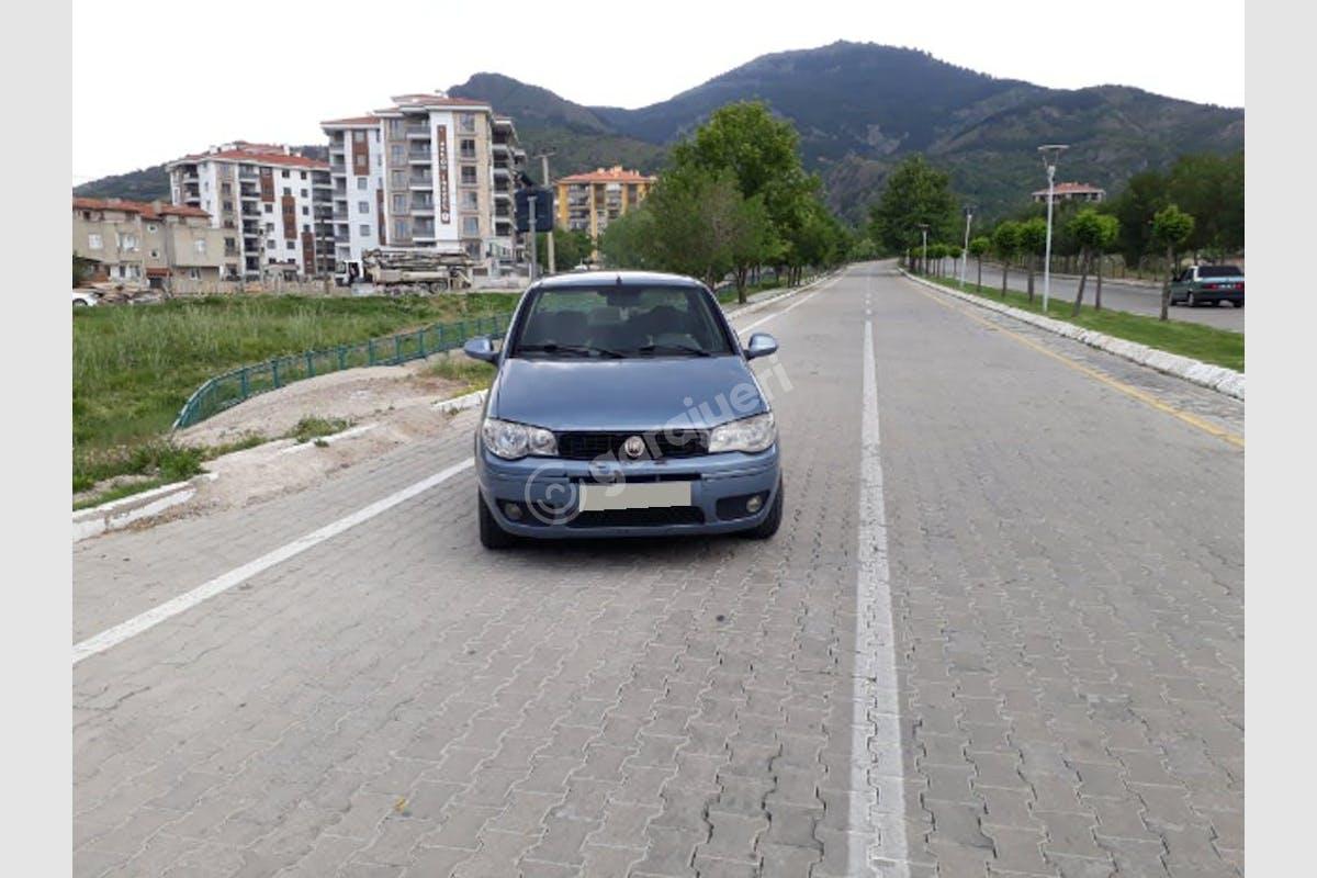 Fiat Albea Merkez Kiralık Araç 1. Fotoğraf