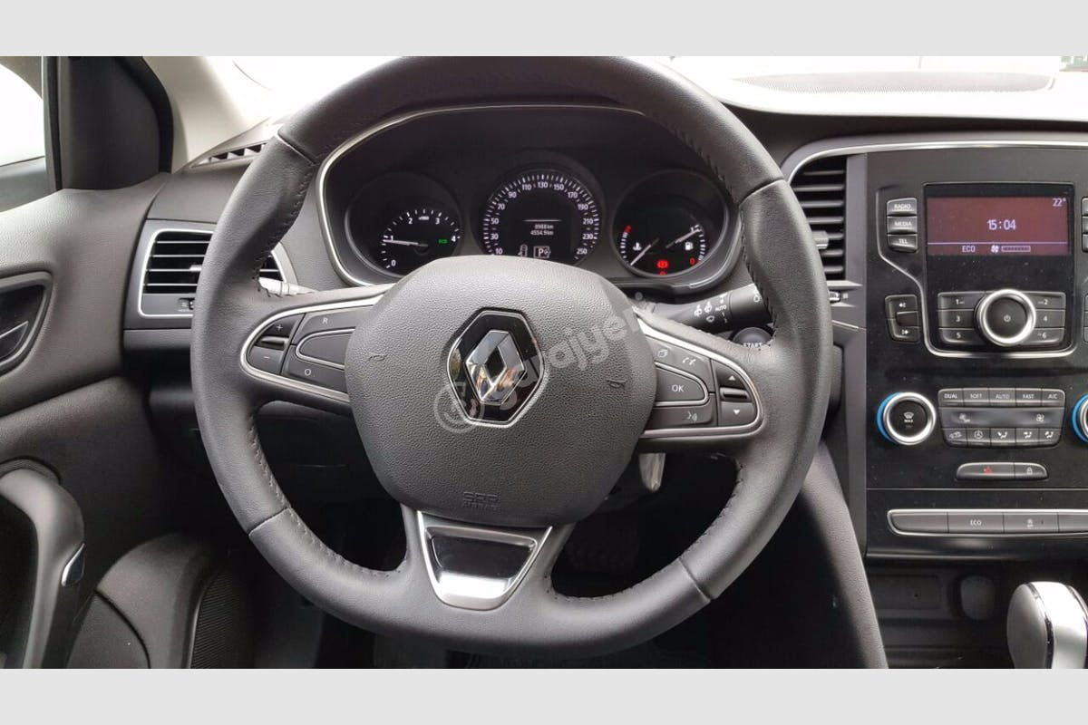 Renault Megane Fatih Kiralık Araç 4. Fotoğraf