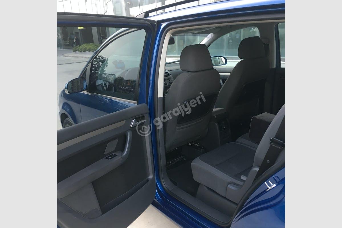 Volkswagen Touran Büyükçekmece Kiralık Araç 3. Fotoğraf