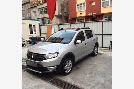 Kiralık Dacia Sandero Stepway , İstanbul Esenler