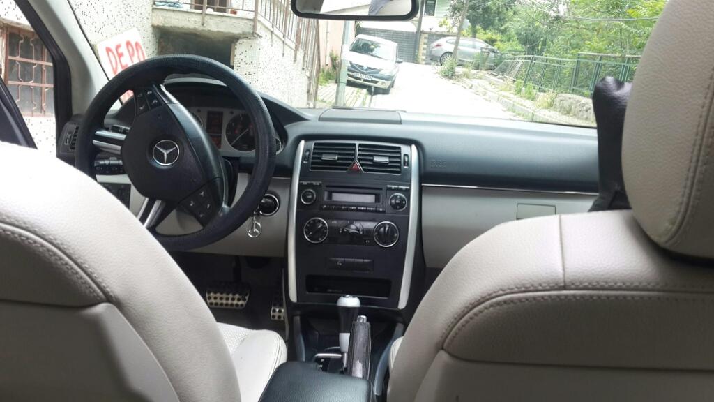 MERCEDES B 2009 Model LPG Otomatik Vites Kiralik Araç - 0A35