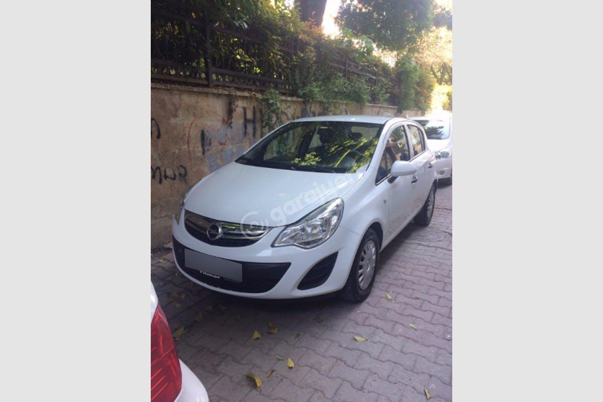 Opel Corsa Bakırköy Kiralık Araç 1. Fotoğraf