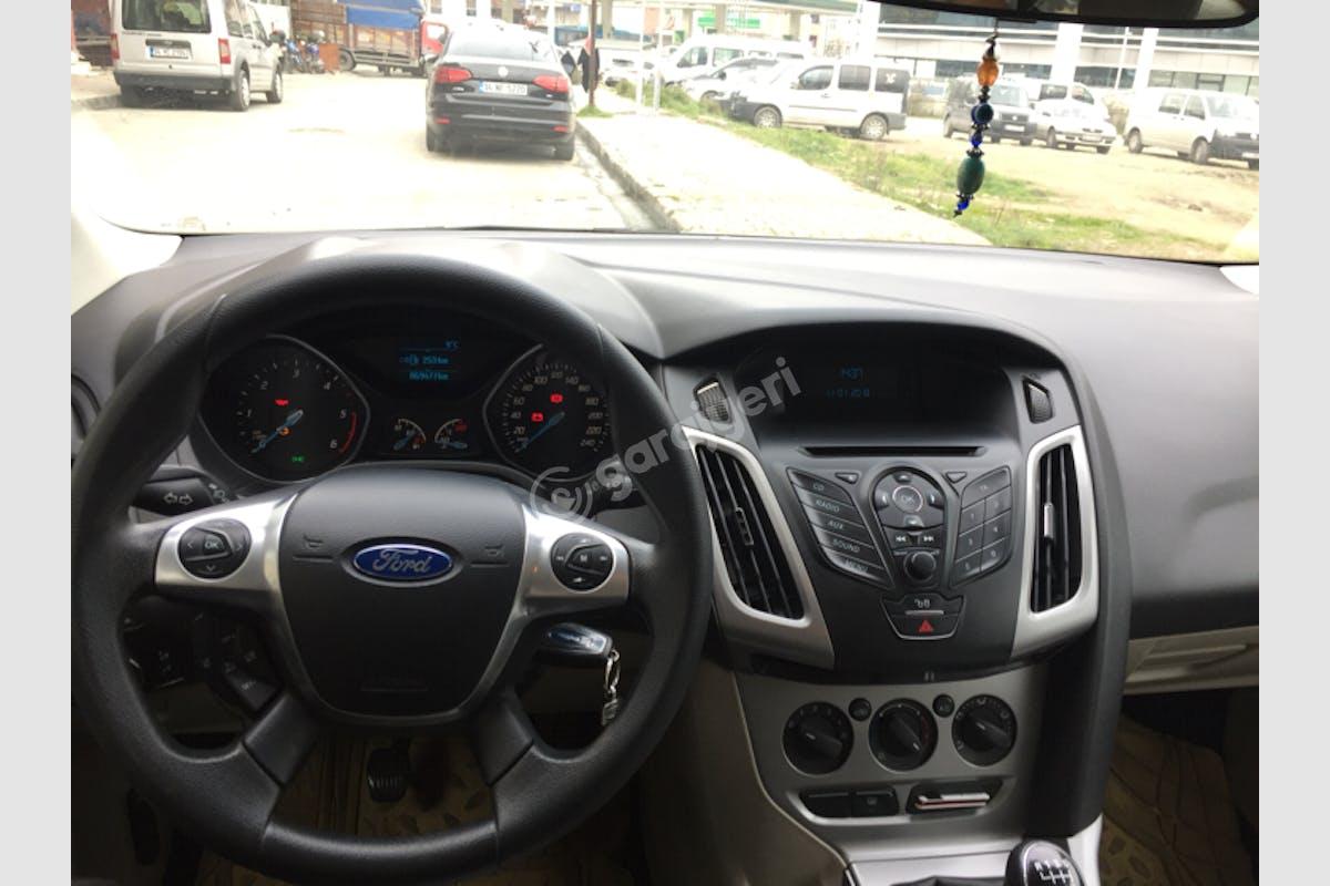 Ford Focus Sultangazi Kiralık Araç 5. Fotoğraf