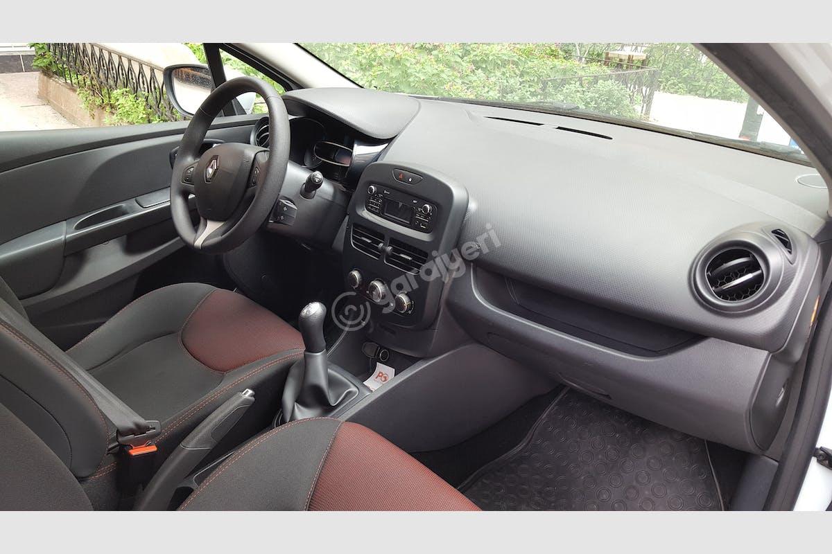 Renault Clio Zeytinburnu Kiralık Araç 6. Fotoğraf