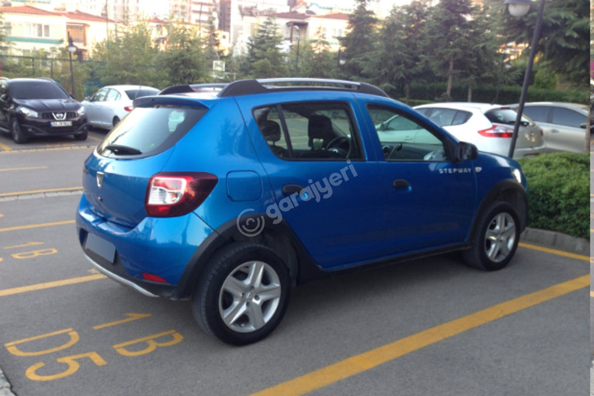 Dacia Sandero Stepway Maltepe Kiralık Araç 1. Fotoğraf