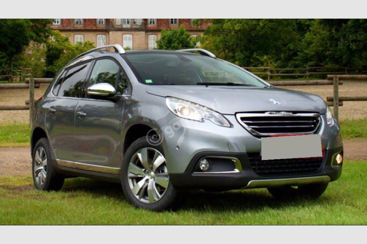 Peugeot 2008 Buca Kiralık Araç 3. Fotoğraf