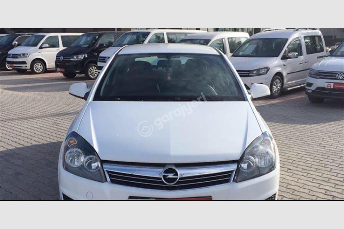 Opel Astra Karatay Kiralık Araç 1. Fotoğraf