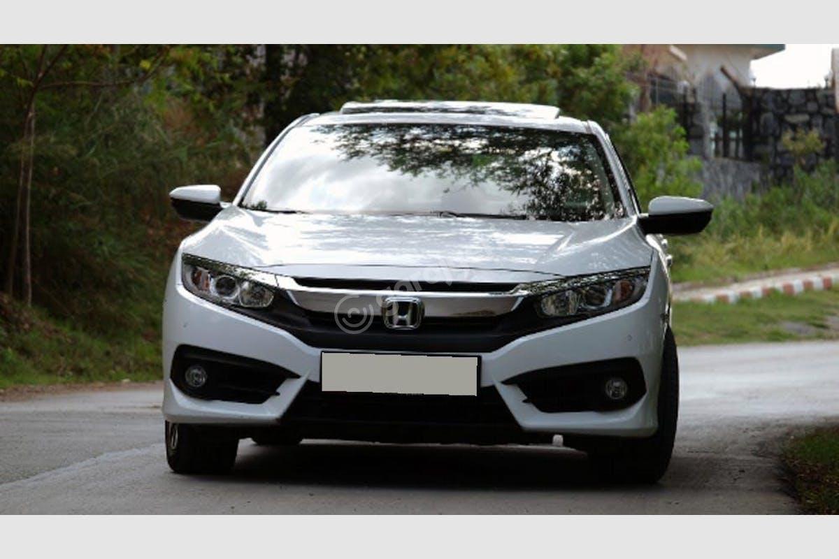 Honda Civic Beşiktaş Kiralık Araç 1. Fotoğraf