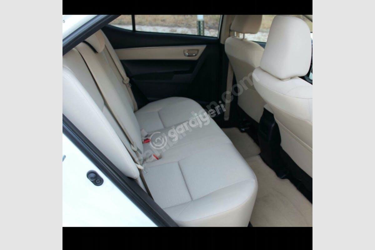 Toyota Corolla Sarıyer Kiralık Araç 4. Fotoğraf