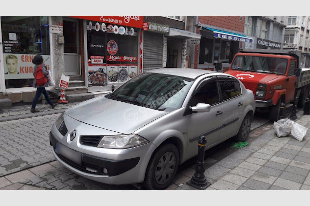 Renault Megane Kadıköy Kiralık Araç 2. Fotoğraf