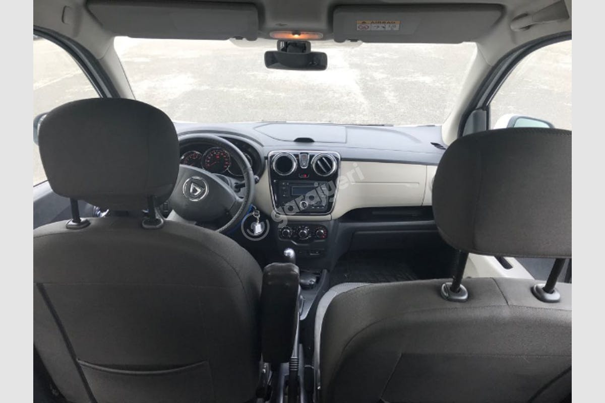 Dacia Lodgy Ataşehir Kiralık Araç 9. Fotoğraf