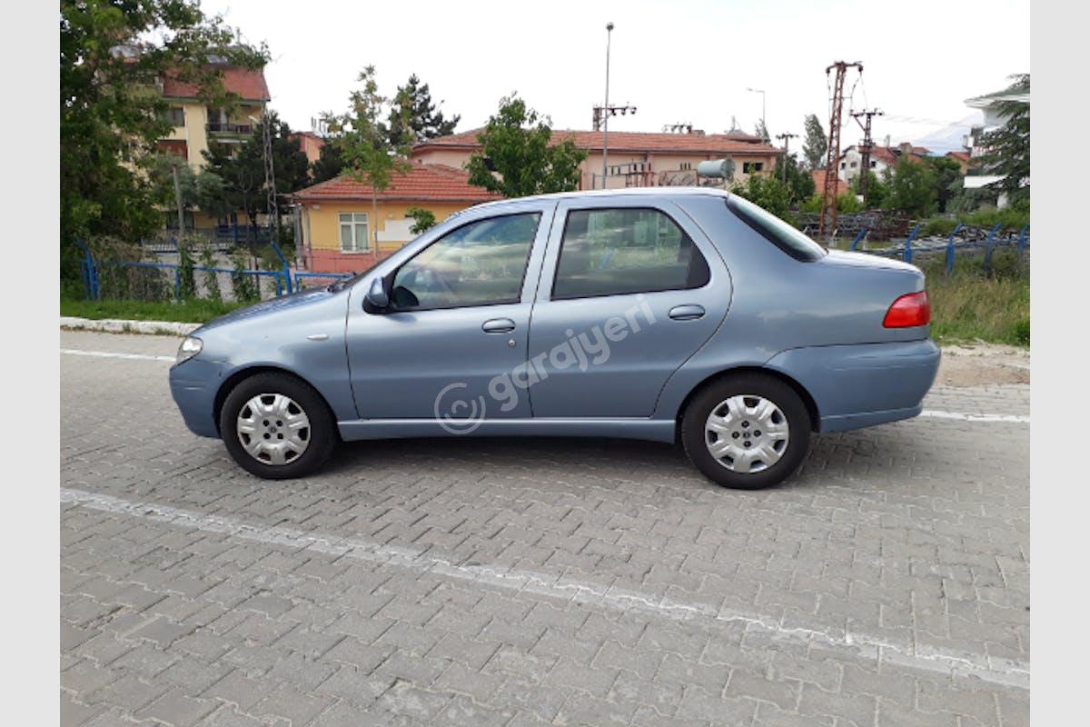 Fiat Albea Merkez Kiralık Araç 2. Fotoğraf