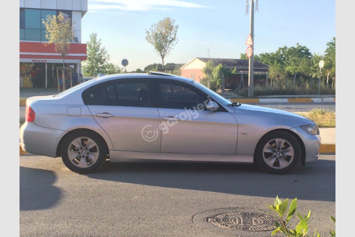 BMW 3 Tuzla Kiralık Araç 3. Fotoğraf