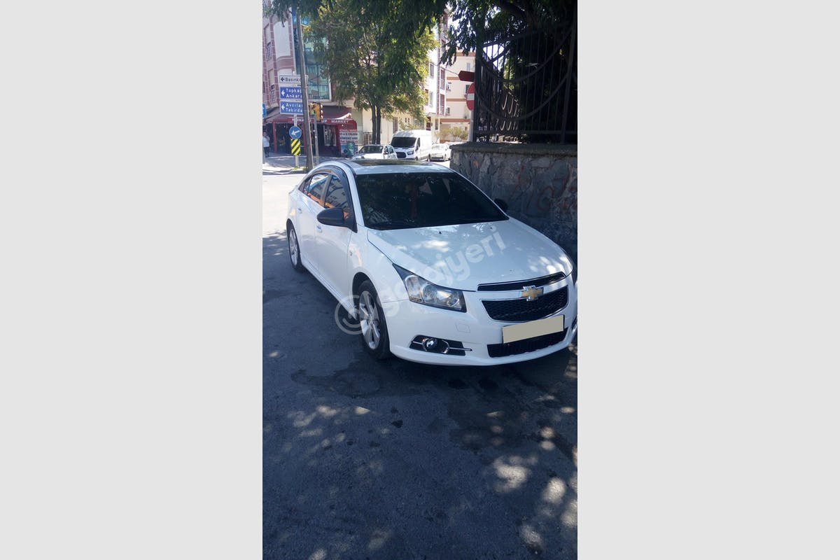 Chevrolet Cruze Küçükçekmece Kiralık Araç 6. Fotoğraf