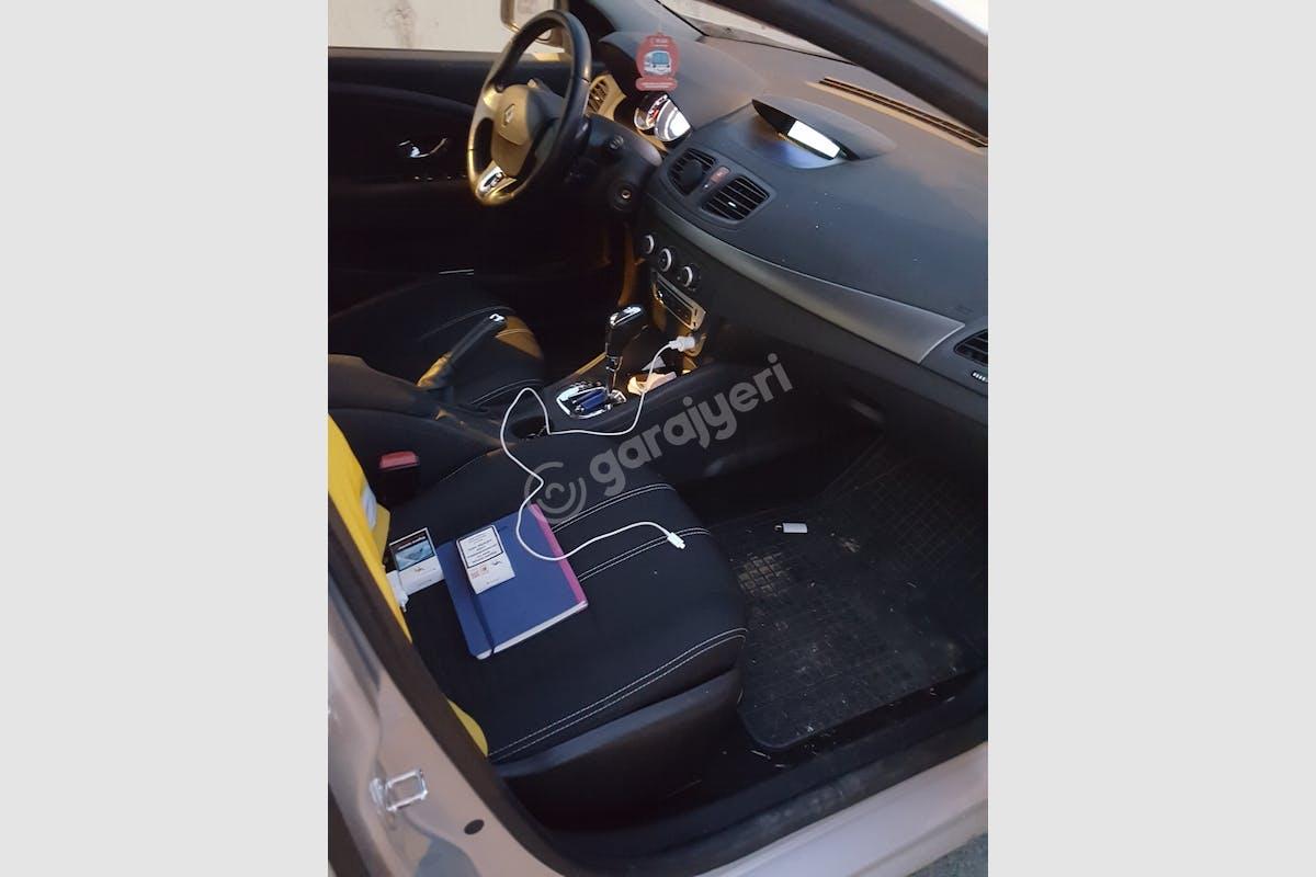 Renault Fluence Üsküdar Kiralık Araç 11. Fotoğraf