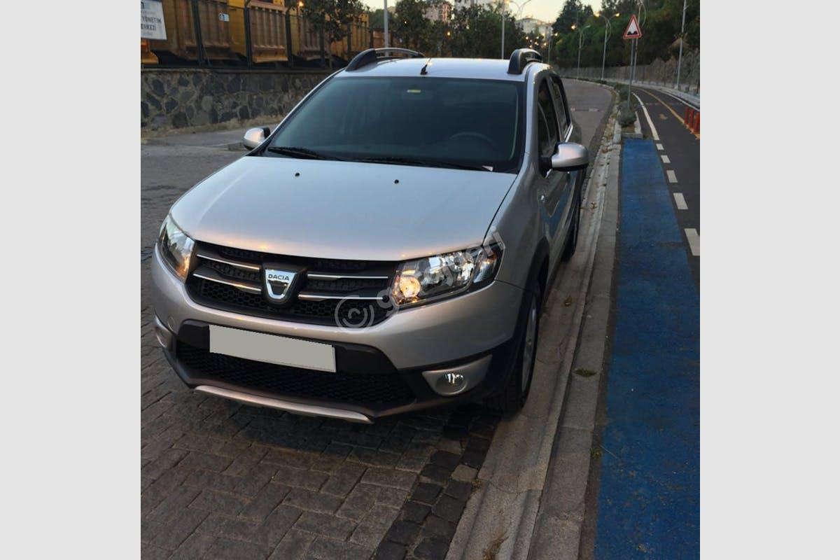 Dacia Sandero Stepway Şişli Kiralık Araç 5. Fotoğraf