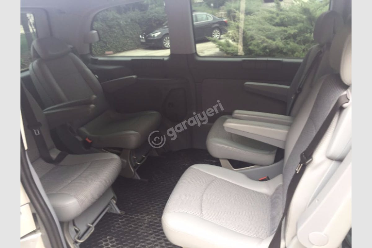 Mercedes - Benz Viano İpekyolu Kiralık Araç 2. Fotoğraf