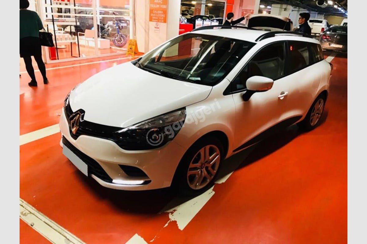Renault Clio Buca Kiralık Araç 2. Fotoğraf