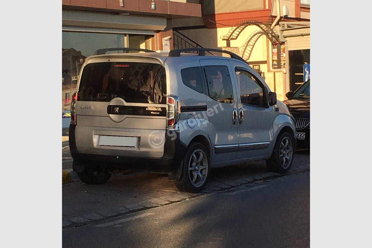 Peugeot Bipper Şişli Kiralık Araç 4. Fotoğraf