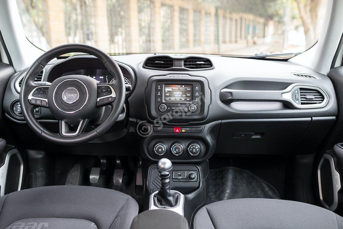 Jeep Renegade Kadıköy Kiralık Araç 8. Fotoğraf