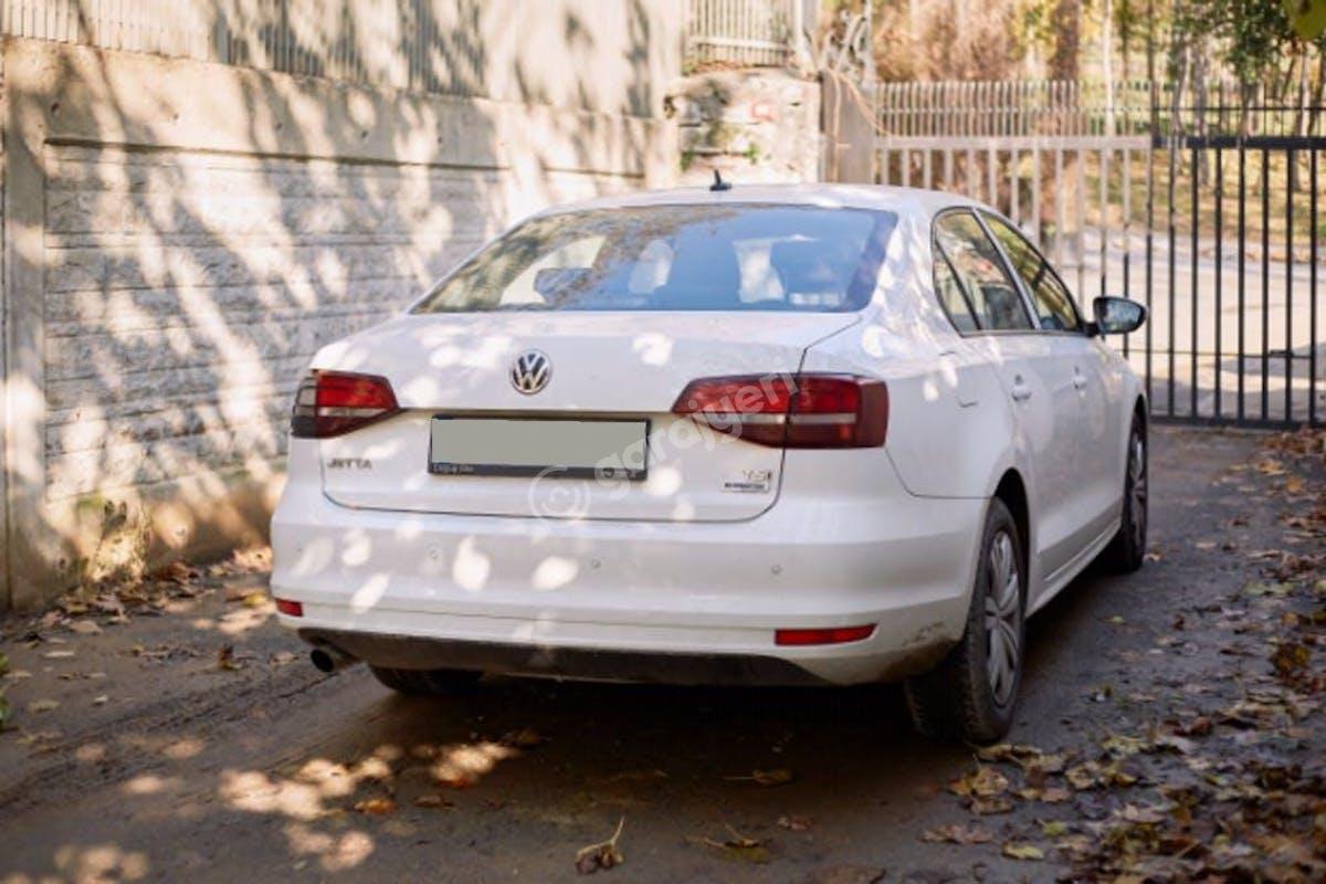 Volkswagen Jetta Sarıyer Kiralık Araç 6. Fotoğraf