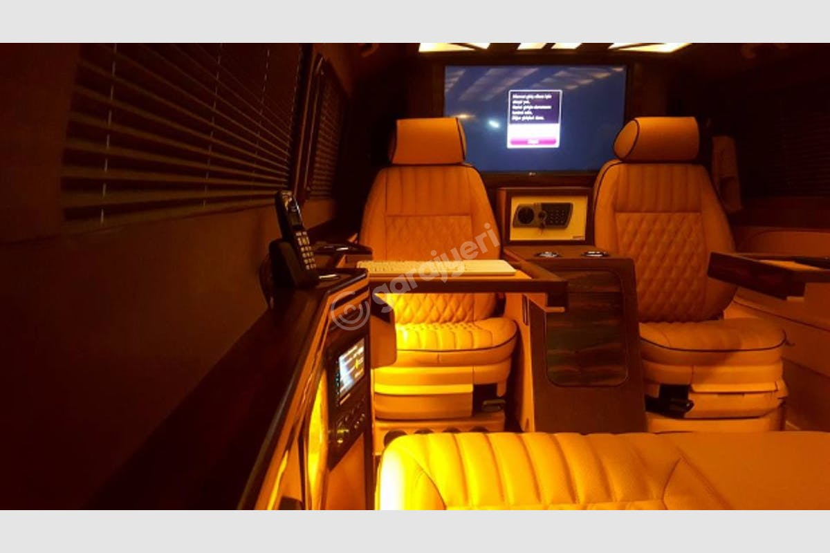 Mercedes - Benz Vito Üsküdar Kiralık Araç 2. Fotoğraf