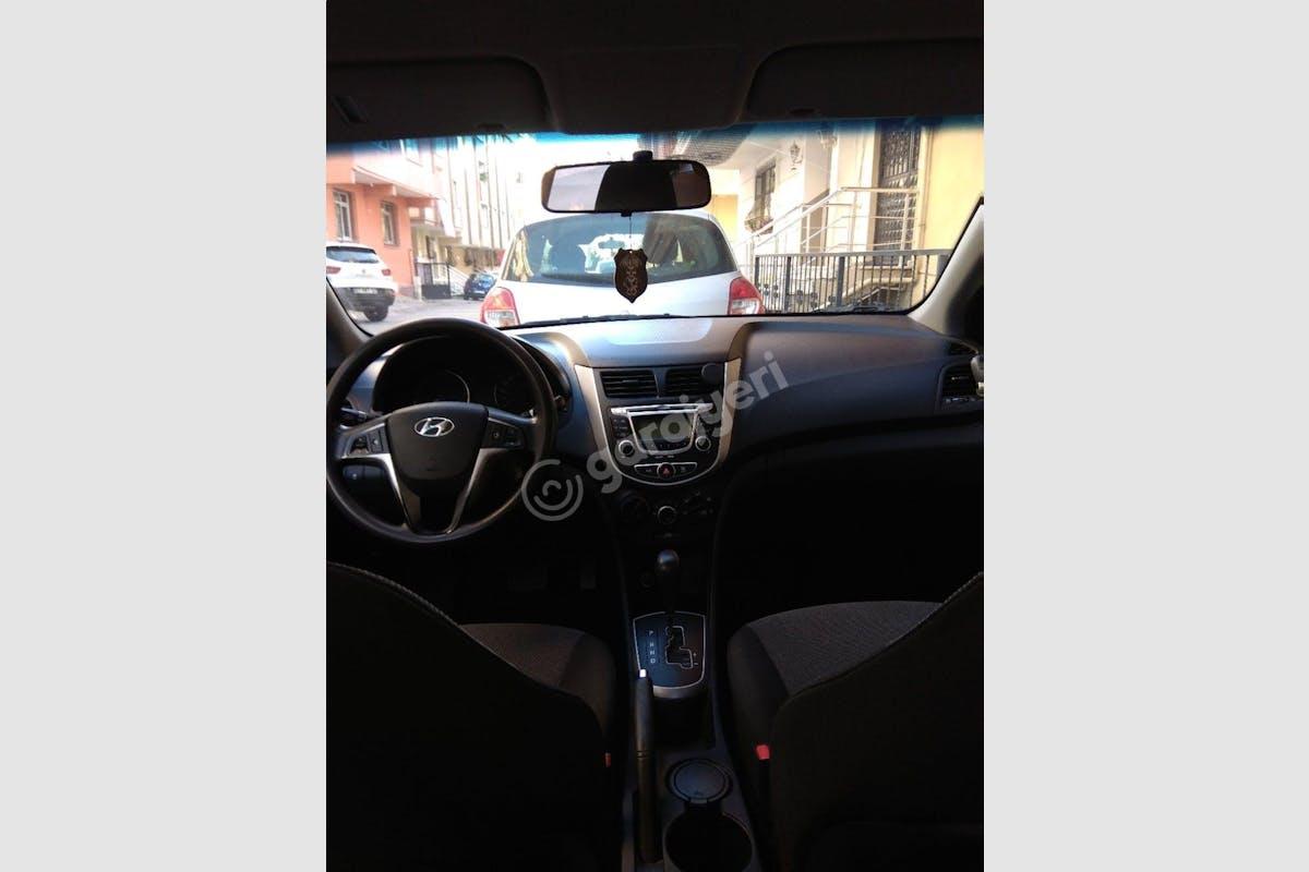 Hyundai Accent Blue Çekmeköy Kiralık Araç 1. Fotoğraf